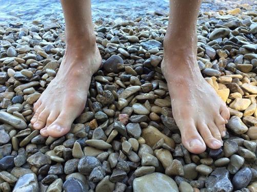 feet-1538046_640